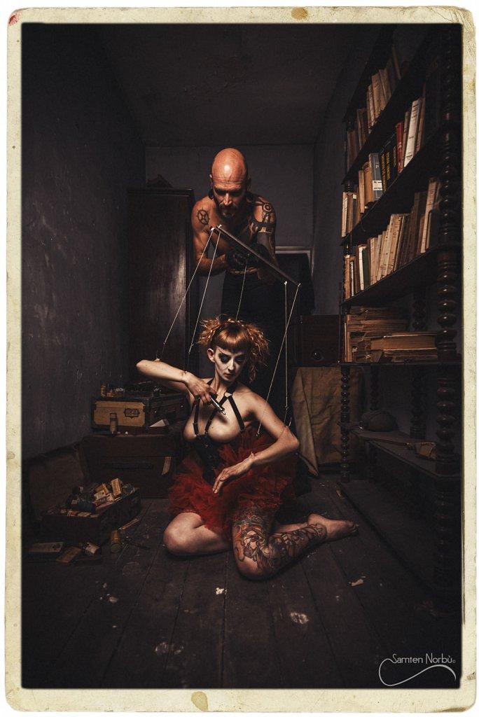 Puppet-001.jpg